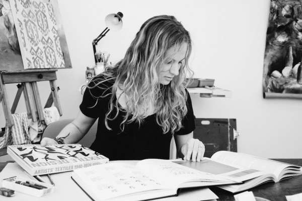 Contact – Dana Caldera
